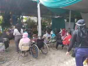 Kelurahan Dan Puskesmas Pondok Pucung Mengadakan Vaksinasi Kepada Warga Lansia